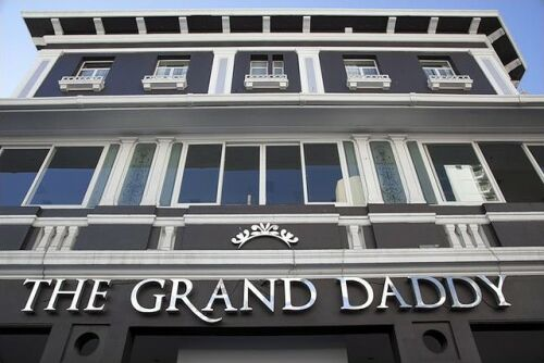 The Grand Daddy Hotel